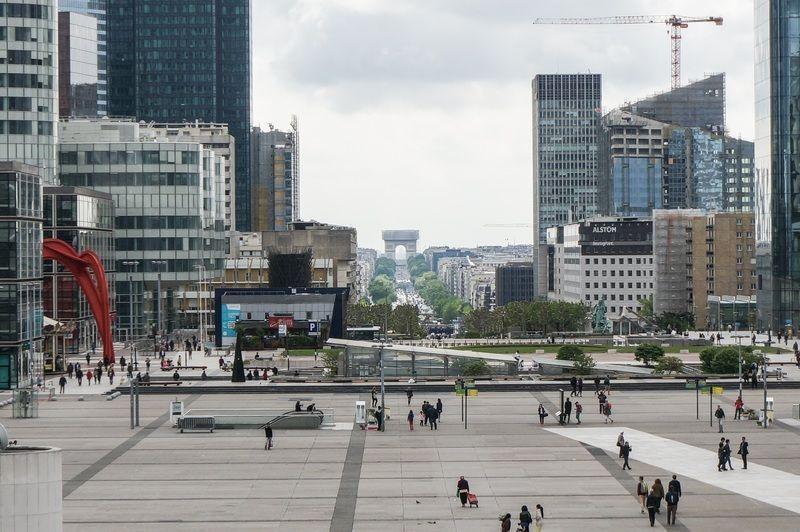 Descubre La Défense, el cuarto distrito de negocios del mundo!